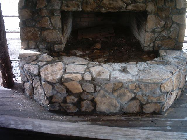 mar2307hearth2.JPG